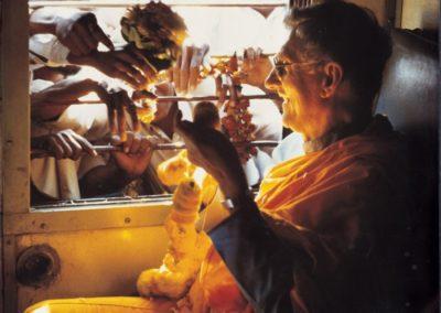 Bhante Sangharakshita på avskjedstur i India