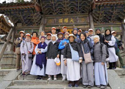 Medlemmer av Det vietnamesiske buddhistsamfunn på pilegrimsferd i Kina
