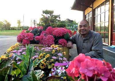 Thich Vien Ngo, abbed for Lotus tempelet (Liên Hoa Đạo Tràng)