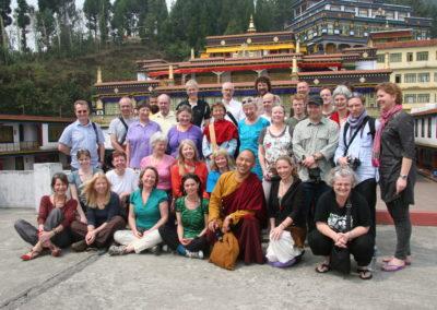 Pilegrimmer fra Karma Tashi Ling-sanghaen i Rumtek-klosteret i Sikkim, hovedsetet til Gyalwang Karmapa i India