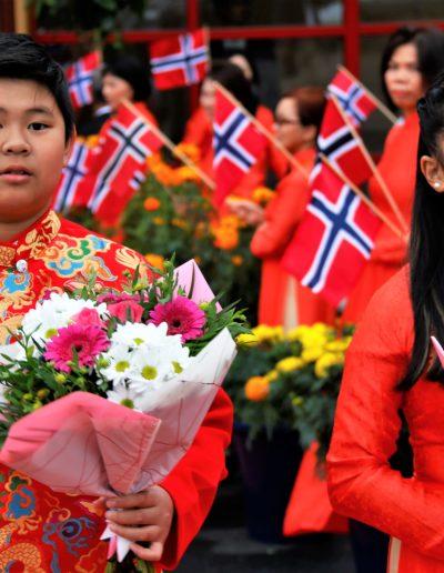 To unge norsk-vietnamesere klar til å ta imot kronprinsparet